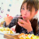 A very pretty Japanese girl is featured eating her meals and then later shitting them out. All recorded in the privacy of her own apartment. Presented in 720P HD. 528MB, MP4 file. Over 32 minutes.