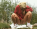 Very beautiful girl pooping in a outdoor. Excelent scene!