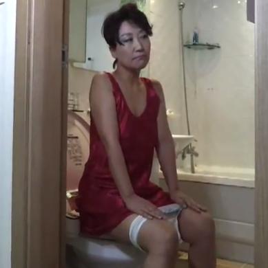 Asian poop