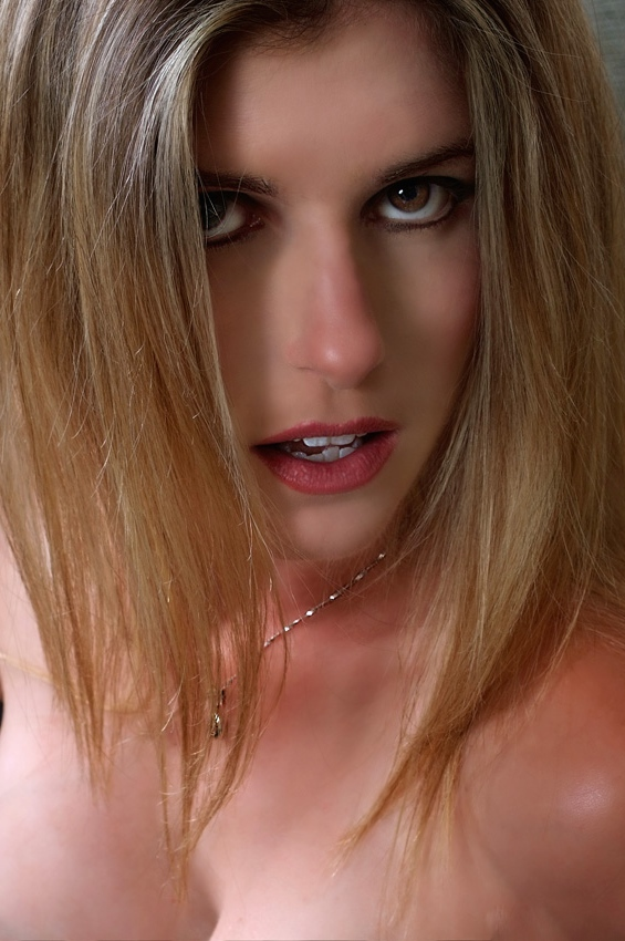 Cory Chase  Naughty Blonde Housewife Model 38 Links